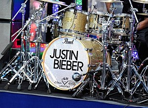 "Justin Bieber Performs On NBC's ""Today"" - November 23, 2011"