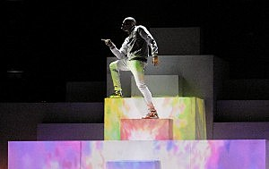 Chris Brown performs at the 2012 Grammy Awards