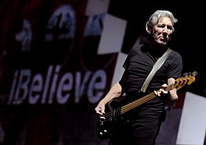 Roger Waters Celebrates The 30th Anniversary Of 'The Wall' Live