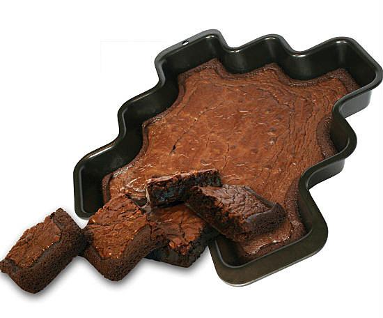 More Corners Brownie Pan