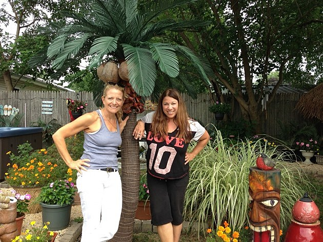 Nancy and Liz at Lou's house