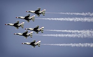U.S. Air Force Thunderbirds Air Show
