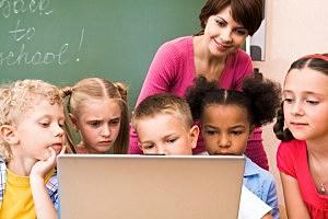 kids in school class