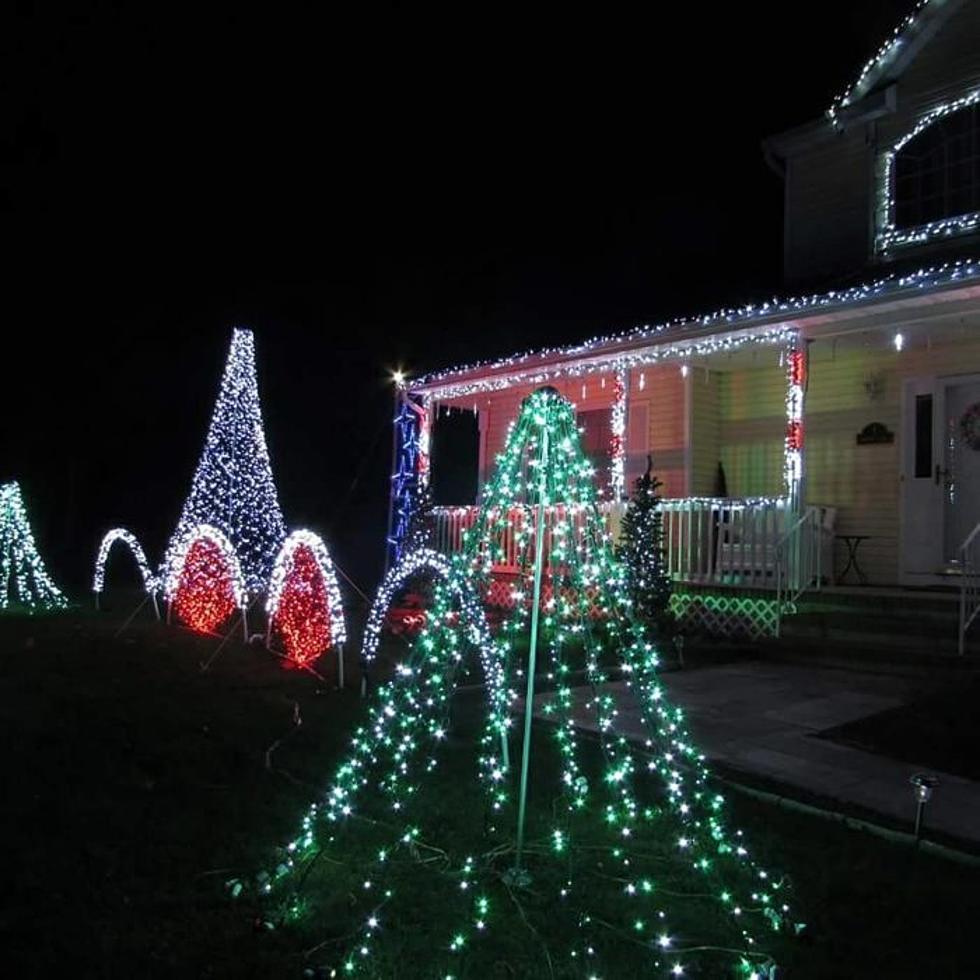 Jackson Christmas Light Show Returns